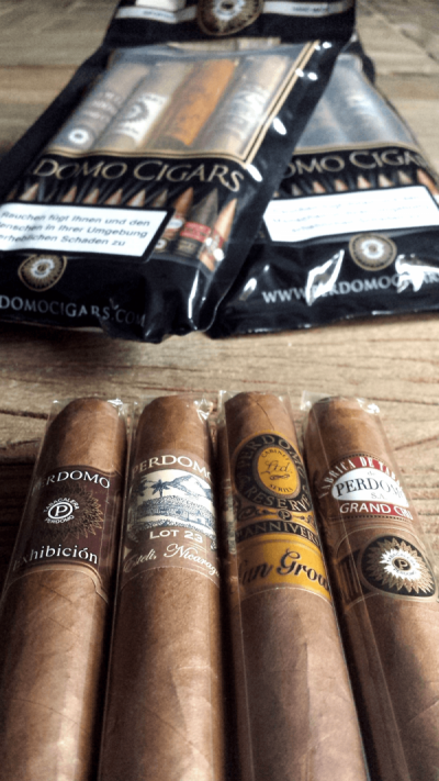 Perdomo Travel Pack