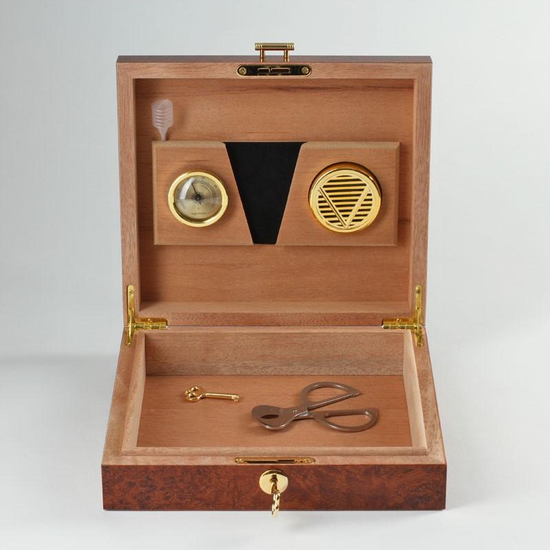 basic humidor wurzelholz f r 10 zigarren online bei noblego kaufen. Black Bedroom Furniture Sets. Home Design Ideas