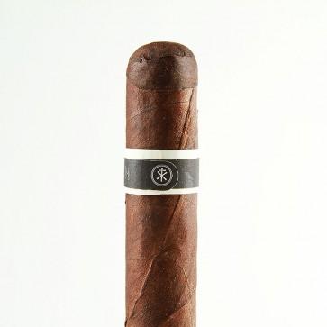 RoMa Craft Tobac CroMagnon Knuckle Dragger