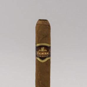 Balmoral Dominican Selection Short Corona