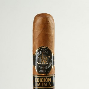 Culture Dominican Edicion Limitada Double Toro im Jar