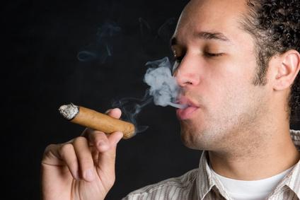 Zigarre paffen – so genießt man Zigarren richtig