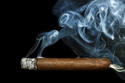 Brennende Zigarre
