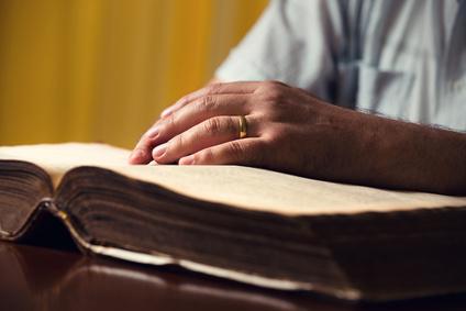 Das Vorlesen verschiedener Geschichten dient der Unterhaltung der Torcedores